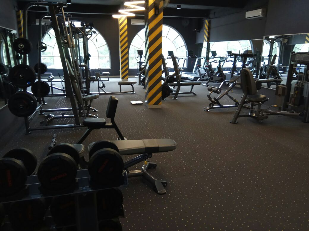Fitness Gym Training Center GREEN Lake City